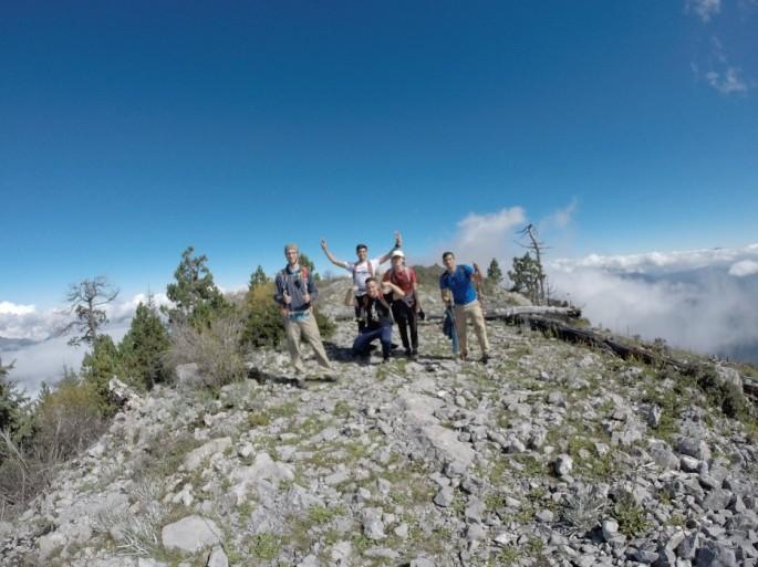 Trepacerros en la cumbre del Coahuilon
